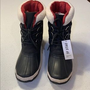 TF Star insulated duck boot - size 7